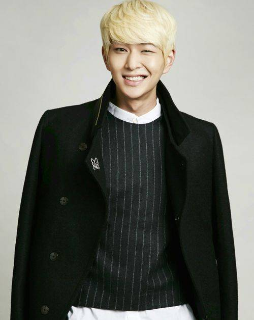 SHINee-Onew_1388668794_af_org