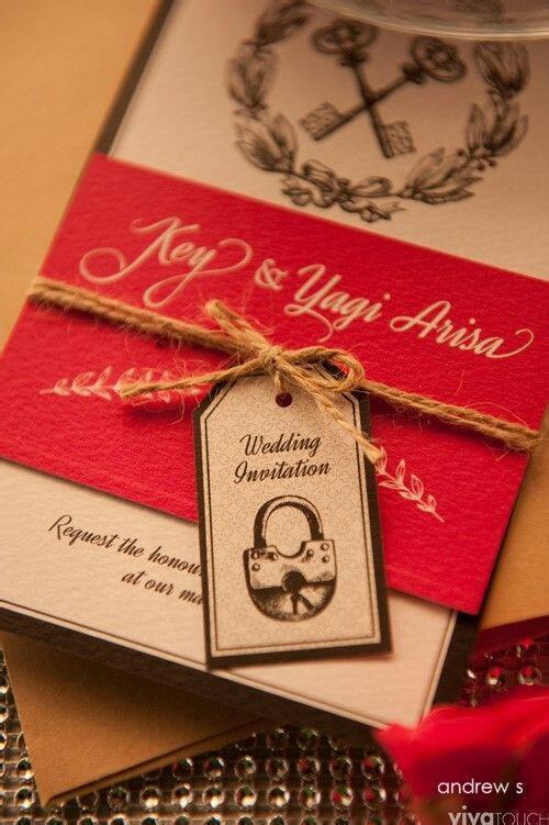 Tarjeta de invitación a la boda de key y Arisa